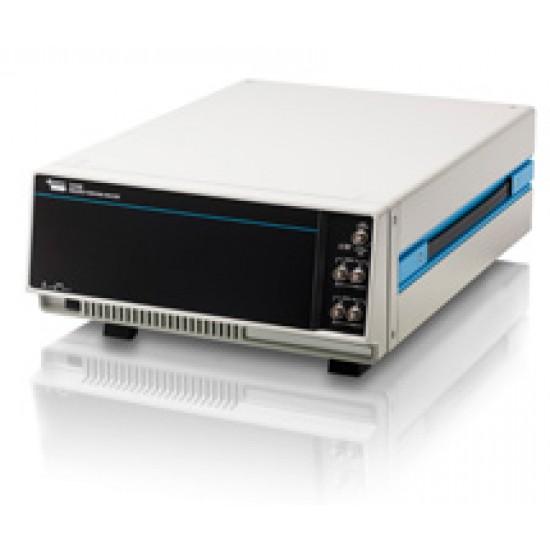 Низькочастотний аналізатор частотного відклику Solartron 1255B